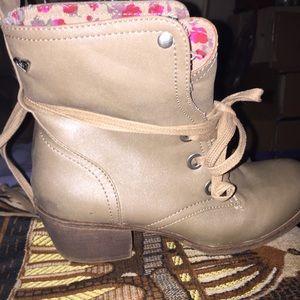 Golden tan Roxy Combat style boots